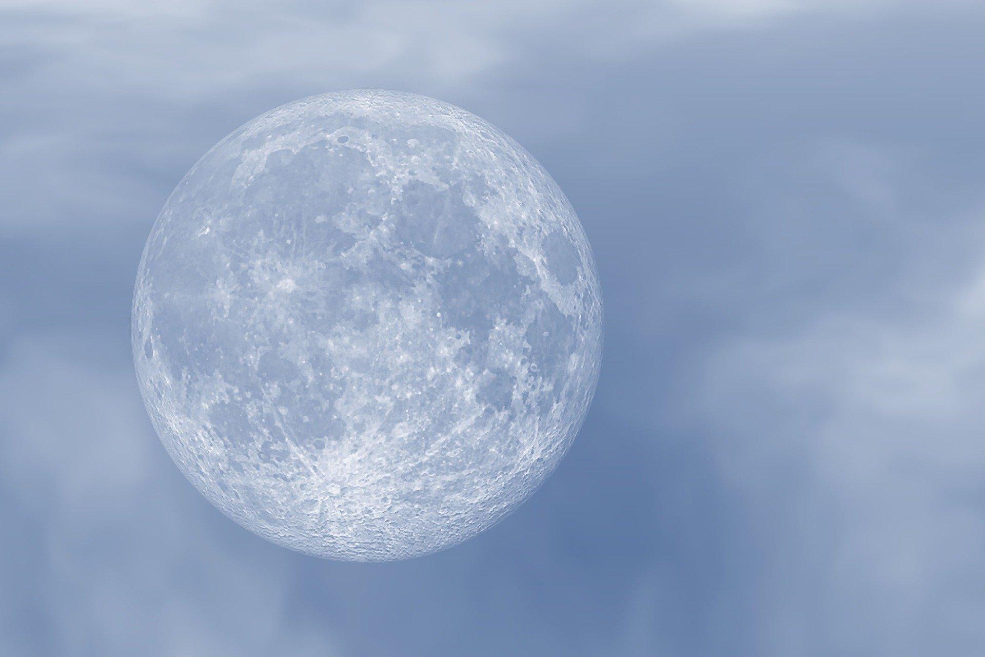 La lune bleue, phénomène astronomique remarquable